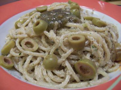 Walnu�-Salbei-Pesto